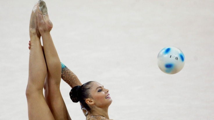 Alina Kabajewa ist eine ehemalige Turnerin, gewann sogar bei Olympia. (Foto)
