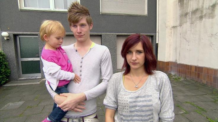 traumhaftes teenie fickt mit zwei boys
