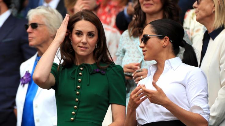 Das Verhältnis zwischen Kate Middleton bleibt angespannt Meghan Markle.