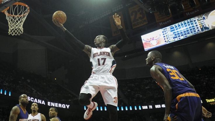 Dennis kann fliegen: Point Guard Schröder verhalf den Atlanta Hawks zum Sieg gegen die Wizards.