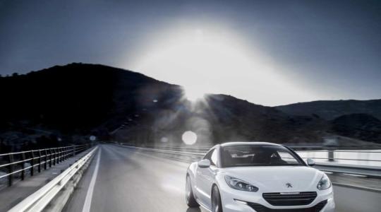 Die besten Bilder zu Peugeot RCZ und RCZ Concept: Geschwungen sportlich ins neue Jahr (Foto)