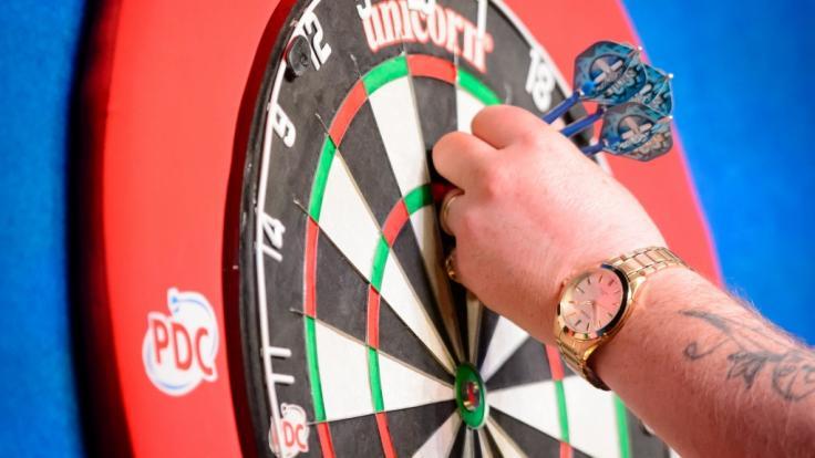 Bei den World Matchplay Darts 2018 fliegen im englischen Blackpool wieder die Pfeile.