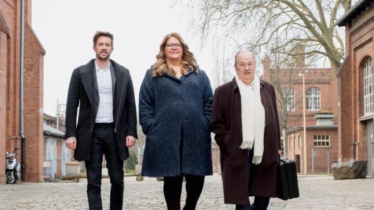 """Felix Thönnessen, Ilka Bessin und Heinz Buschkowsky (v.l.) ziehen in Folge 3 von """"Zahltag"""" große Abschlussbilanz.  (Foto)"""