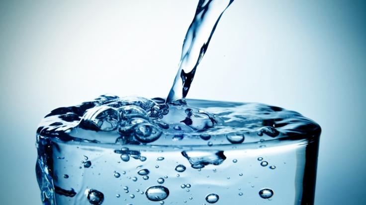 Nicht alle Bio-Mineralwasser sind laut Ökotest sehr gut. (Foto)