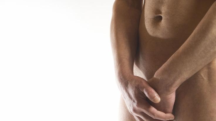 Potenzstörungen sind immer noch ein Tabuthema. Dabei leiden viele Männer irgendwann im Laufe ihres Lebens darunter. Oft lässt sich das Problem behandeln.