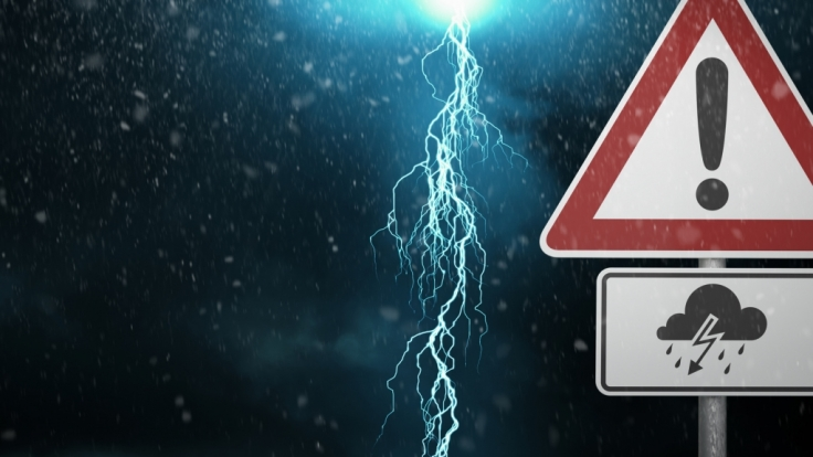 Unwetter bringen Gewitter, Hagel und Orkanböen.