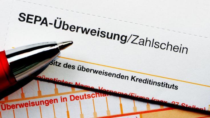 Die Verbraucher-Beschwerden zu der Kontonummer IBAN nehmen nicht ab. (Symbolbild) (Foto)