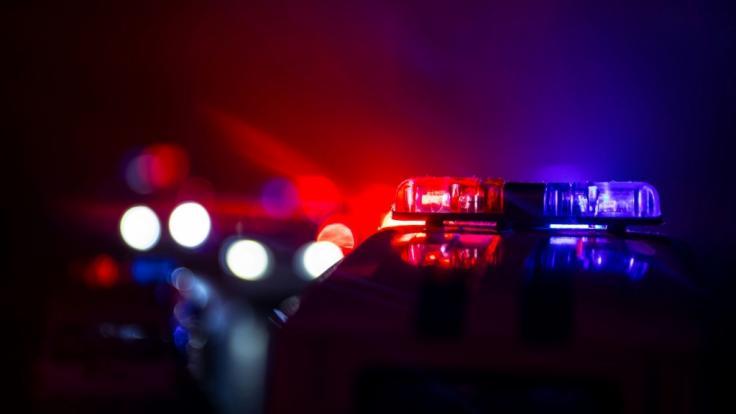 Nachdem Zeugen Schüsse gehört hatten, fand die Polizei einen verletzten Mann (48) in Leipzig. (Foto)