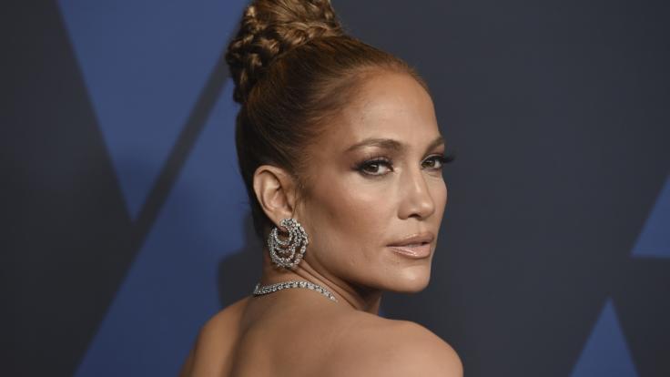 Jennifer Lopez zeigt im Netz fast zu viel.