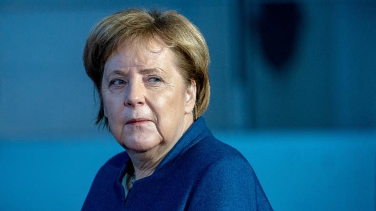"""Angela Merkel musste ihre Reise zum G20-Gipfel wegen eines technischen Defekts am Kanzler-Airbus """"Konrad Adenauer"""" unterbrechen. (Foto)"""