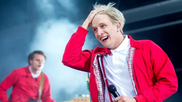 """Felix Brummer, Sänger der Band """"Kraftklub"""", spielt auch beim Kosmonaut-Festival. (Foto)"""