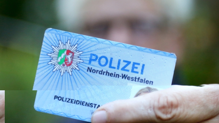 Eine Routinekontrolle der Polizei in Mülheim an der Ruhr ist aus dem Ruder gelaufen (Symbolbild).
