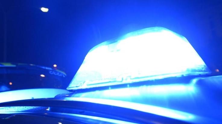 Die Polizei in Berlin bat die Bevölkerung um Mithilfe bei der Fahndung nach einem Mann. (Foto)