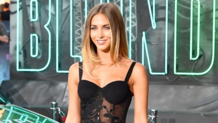 Um ihren Fans durch den Lockdown zu helfen, postete Ann-Kathrin Götze ein Bild von sich im Bikini.