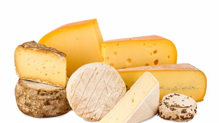 Wegen möglichem Keimbefall ruft Netto einen Käse zurück.