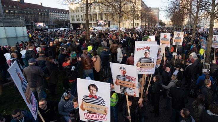 """""""Querdenken"""" ruft zum""""Spaziergang für den Frieden"""" am 09.11.2020 auf. (Foto)"""