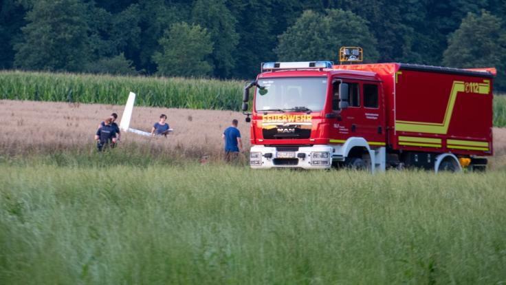Bei einem Flugzeugunglück in der Nähe von Emershofen (Landkreis Neu-Ulm) ist ein 52 Jahre alter Mann ums Leben gekommen. (Foto)