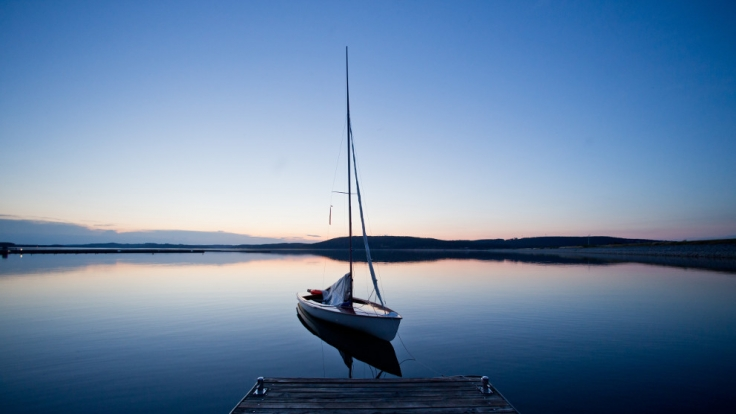 Der Liebesakt auf einem Boot verspricht nicht nur Romantik pur, sondern vor allem auch Zeit zu zweit. (Foto)