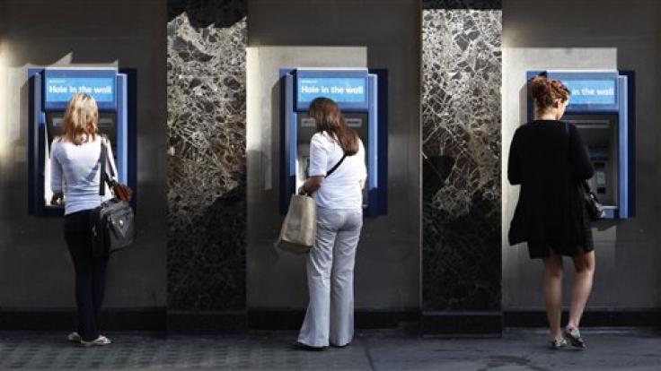 Ist der Dispo auch noch überzogen, muss man den Automaten vielleicht auch ohne Geld verlassen. (Foto)