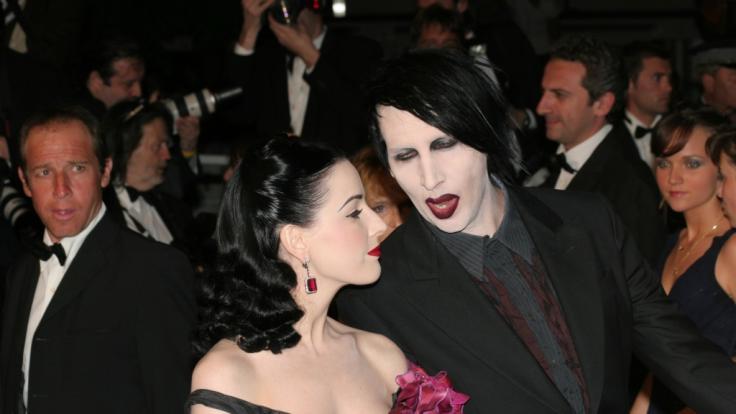 Marylin Manson mit seiner inzwischen Ex-Freundin Dita von Teese (Foto)
