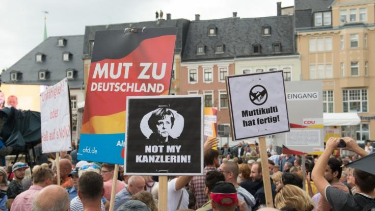 Ausgebuht, beschimpft, verunglimpft: Angela Merkel ist seit langem eine Zielscheibe sächsischer Wutbürger. (Foto)