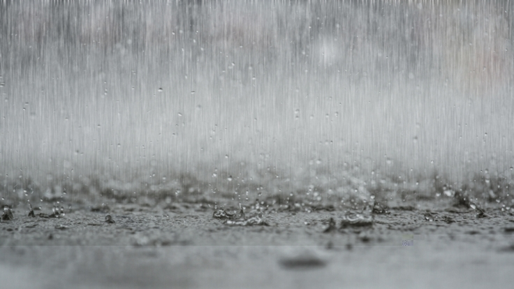 Ein Regentief flutet Südeuropa. (Foto)
