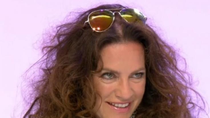 Im James-Bond-Gedächtnis-Outfit trat Christine Neubauer vor die