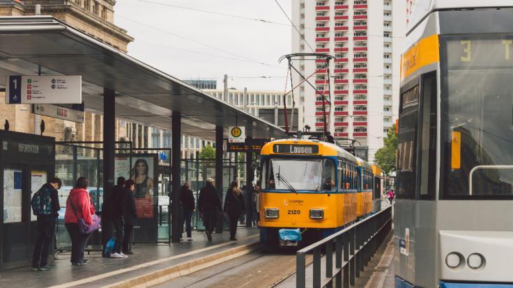Am Leipziger Hauptbahnhof ist ein Mann durch eine Straßenbahn zu Tode gekommen. (Foto)