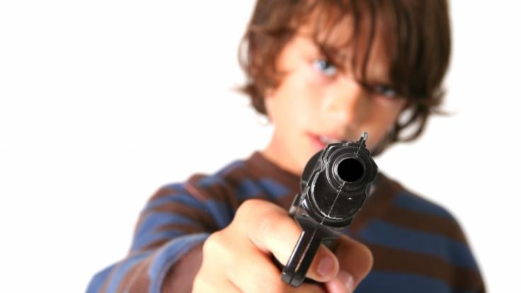 Ein 14-Jähriger soll im US-Bundesstaat Alabama fünf seiner Familienmitglieder erschossen und sich anschließend der Polizei gestellt haben (Symbolbild). (Foto)