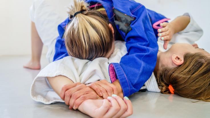 Einem Judo-Trainer aus Frankfurt wird wegen sexuellen Missbrauchs der Prozess gemacht (Symbolbild).