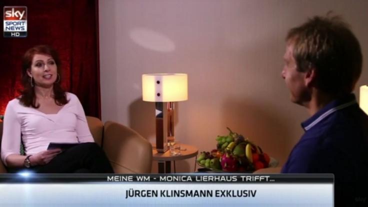 Zurück im Moderatorensessel: Monica Lierhaus interviewt Jürgen Klinsmann.