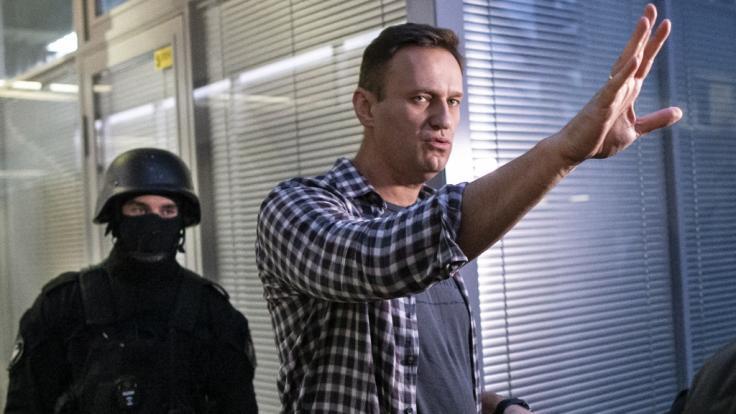 Der russische Regimekritiker Alexej Nawalny soll Opfer eines Giftanschlags geworden sein.