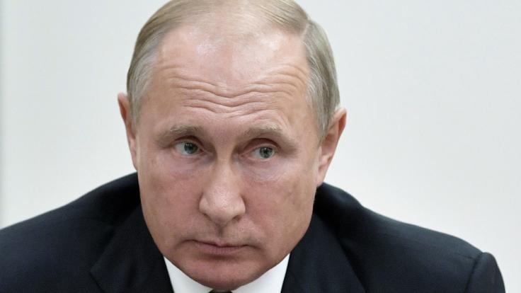 Russland soll einen Großteil seiner Marine ins Mittelmeer verlegt haben.