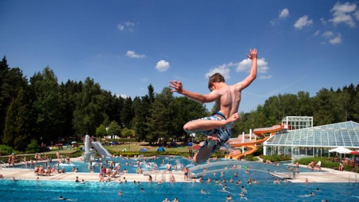 Mit Temperaturen über 30 Grad ist bestes Badewetter im Anmarsch.
