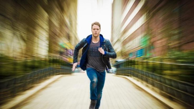 Brian Finch (Jake McDorman) erhält durch eine Wunderdroge außergewöhnliche Fähigkeiten. (Foto)