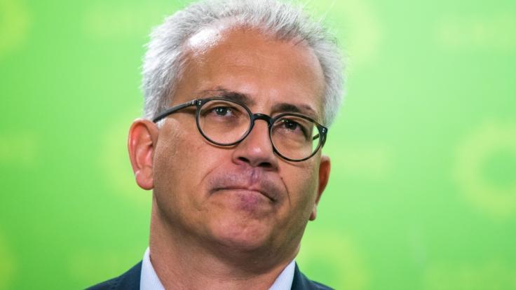 Tarek Al-Wazir, Spitzenkandidat von Bündnis90/Die Grünen, hofft, dass seine Partei bei der Landtagswahl wie in Bayern auch im hessischen Landtag stark zulegt.