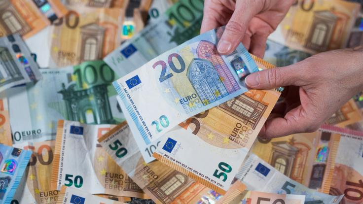 Drohen Kleinsparern bald Strafzinsen? (Foto)