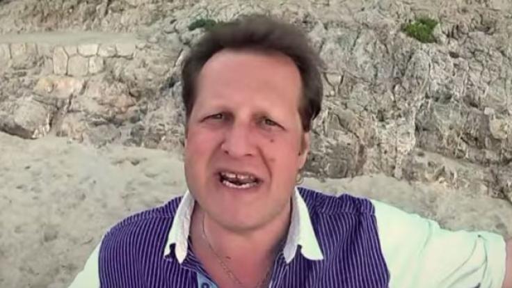 """Jens Büchner hier bei einem Video-Dreh zu seiner Single """"Arme Sau"""". (Foto)"""