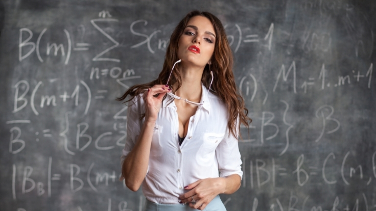 Eine Mathematiklehrerin soll Sex mit drei Schülern gehabt haben (Symbolbild).