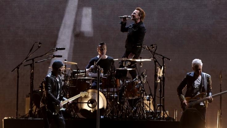Die Band U2 mit Sänger Paul David Hewson