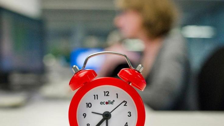 Die Uhr tickt. Aber womit verbringen wir eigentlich unsere Lebenszeit?