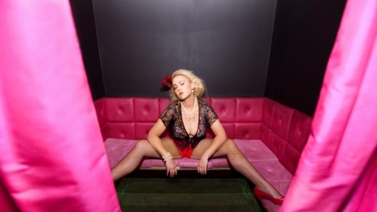 An den Klamotten lässt sich ablesen, ob eine Frau eine Schlampe oder Lady ist. (Foto)