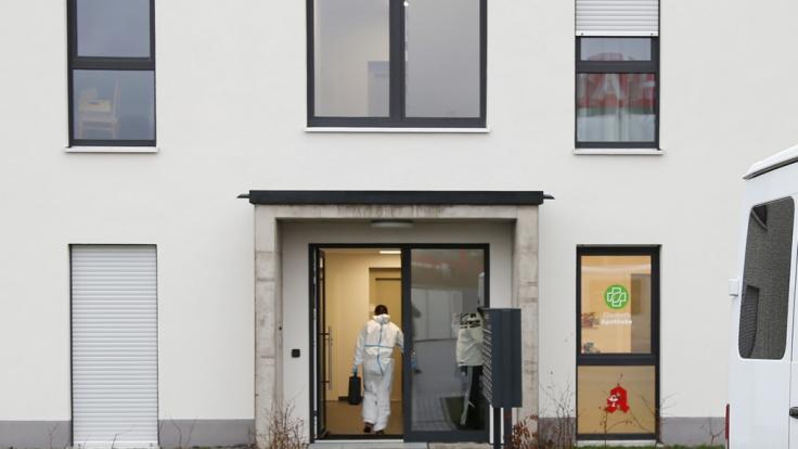 In Aschaffenburg wurde eine Frau tot in der Wohnung gefunden.