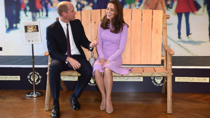 Prinz William und Herzogin Kate von Cambridge geben sich immer vertrauter in der Öffentlichkeit. (Foto)