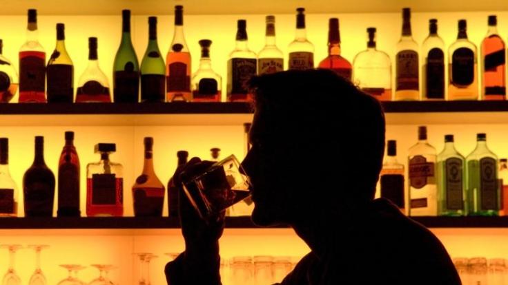 Alkohol steht bei Straight Edgern auf der verbotenen Liste.