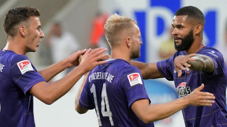 FC Nürnberg kehrt in Bundesliga zurück: 2:0 in Sandhausen