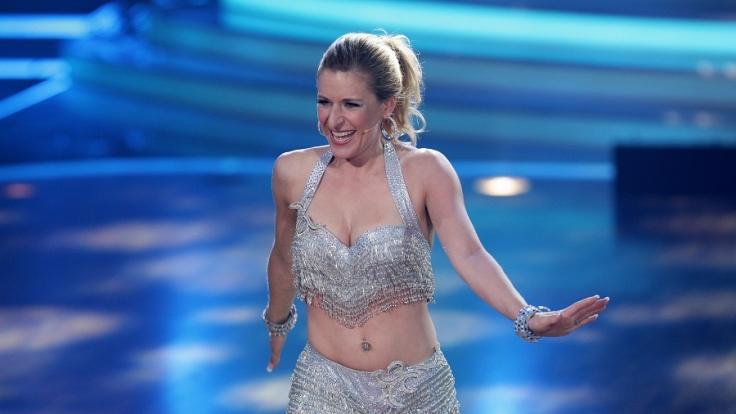 Stefanie Hertel als sexy Tänzerin bei der RTL-Show