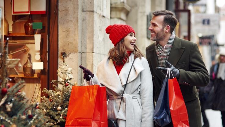 Auch an Weihnachten können einige Shopaholics nicht aufs Einkaufen verzichten! (Foto)