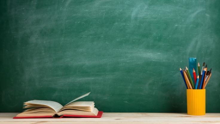 An einer Schule in Wales wurde ein Hilfslehrer mit einem Stuhl attackiert. Jetzt ist er tot. (Foto)