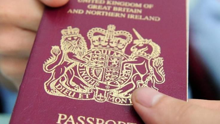 Bei einer Passkontrolle kann auch nach einem Transitvisum gefragt werden. Ein Transitvisum ist dann notwendig, wenn man zum Beispiel auf der Durchreise ist und einen beschränkten Aufenthalt in einem Land oder auf einem Flughafen hat. (Foto)
